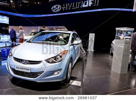 Hyundia Elantra Hybrid