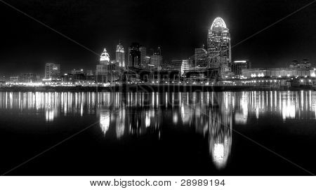 Blanco y negro, Cincinnati Ohio