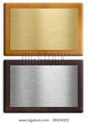 Placas de madeira prata e ouro isoladas no conjunto branco. Traçados de recorte são incluídos.