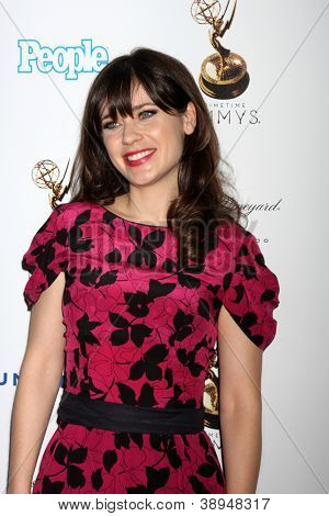LOS ANGELES - SEP 21:  Zooey Deschanel arrives at the Primetime Emmys Performers Nominee Reception at Spectra by Wolfgang Puck on September 21, 2012 in Los Angeles, CA