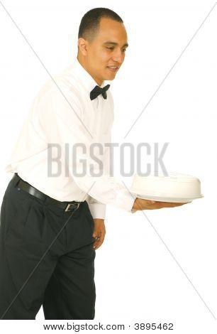 Camarero con bandeja de alimentos