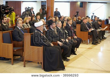 MOSCOW - JAN 27: Journalists, religious and public figures, ambassadors of European powers in Moscow synagogue Beis Menachem  in International Holocaust Remembrance Day, Jan 27, 2012, Moscow, Russia.