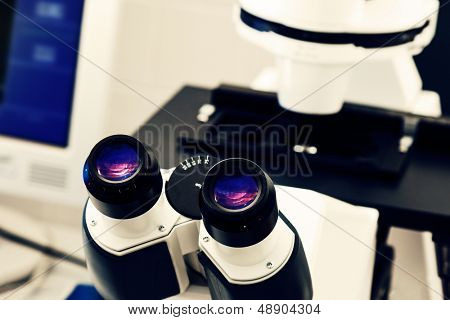 eyepiece of the optical microscope in a laboratory