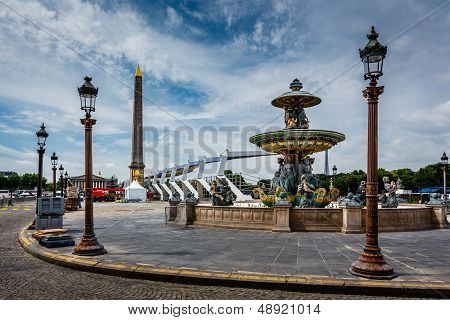 Place De La Concorde On Summer Day In Paris, France