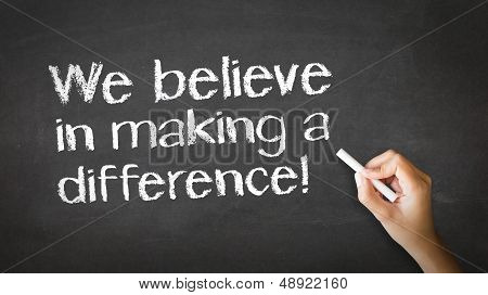Creemos en la fabricación de una ilustración de tiza de diferencia