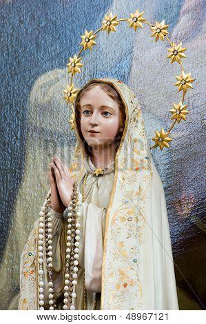 Statue Of Maria