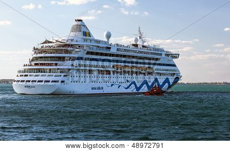 Cruise Ship Aida Aura