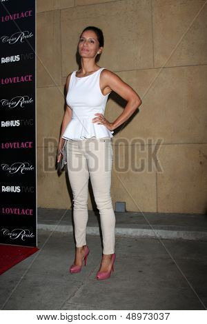 LOS ANGELES - AUG 5:  Leonor Varela arrives at the