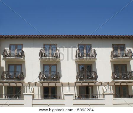 Hotel Balcony Suites