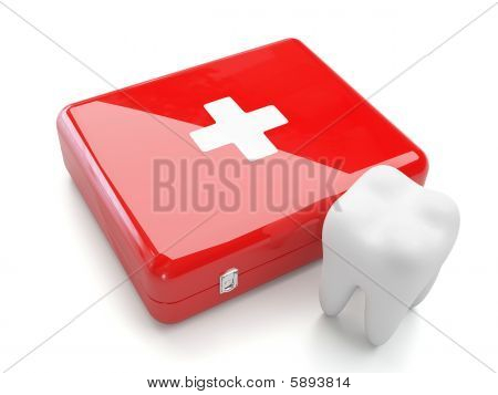 3d tooth with first aid kit
