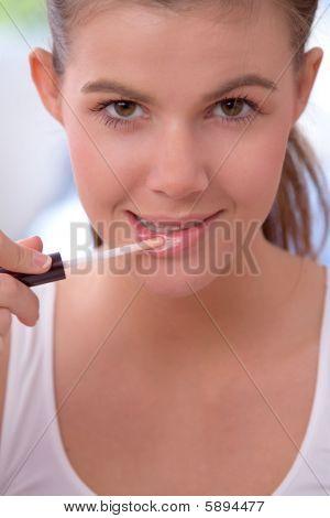 Applying Lip Gloss