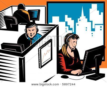 Vendedores por teléfono en el trabajo en una oficina cubículo
