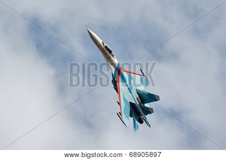 Fighter SU-27 in flight