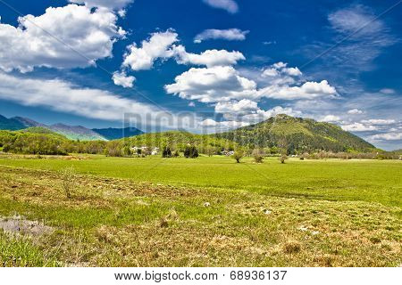 Village Of Smiljan Green Scenery