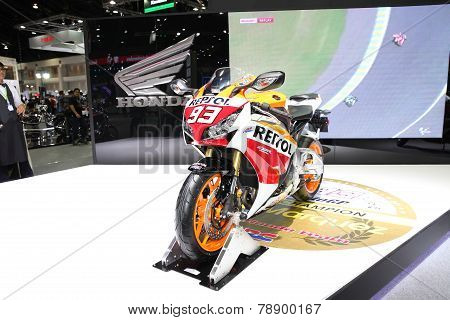 Bangkok - November 28: Honda Cbr 1000Rr Motorcycle On Display At The Motor Expo 2014 On November 28,