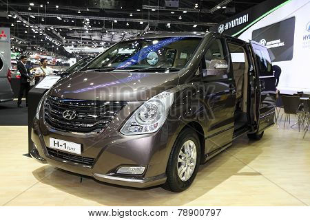 Bangkok - November 28: Hyundai H-1 Elite  Car On Display At The Motor Expo 2014 On November 28, 2014