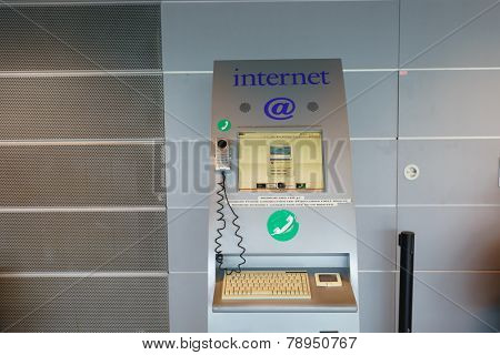 HELSINKI - SEP 03: Internet kiosk on September 03, 2014 in Helsinki, Finland. Helsinki Airport  is the main international airport of the Helsinki metropolitan region and the whole of Finland