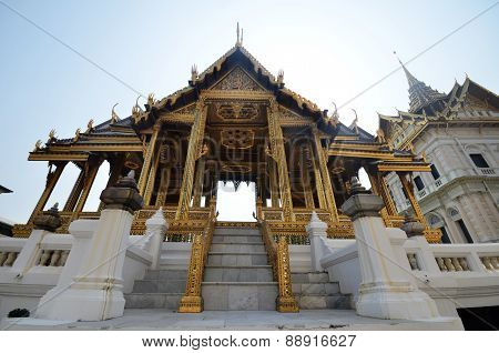 Phra Thinang Aphorn Phimok Prasat located in Grand Palace, Bangkok