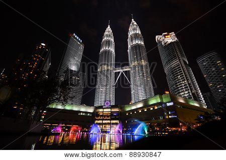 Petronas Twin Towers , Malaysia