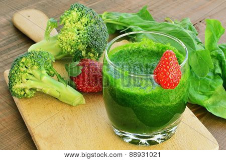 Green Vegetable Smoothie With Strawberries