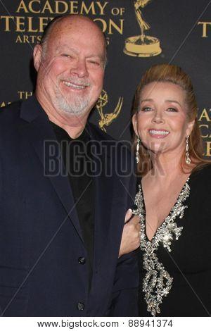 LOS ANGELES - FEB 24:  Ed Scott, Medody Thomas Scott at the Daytime Emmy Creative Arts Awards 2015 at the Universal Hilton Hotel on April 24, 2015 in Los Angeles, CA