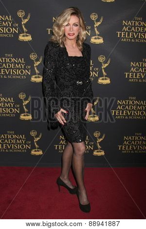 LOS ANGELES - FEB 24:  Donna Mills at the Daytime Emmy Creative Arts Awards 2015 at the Universal Hilton Hotel on April 24, 2015 in Los Angeles, CA