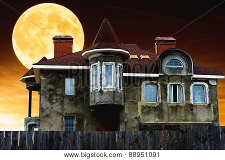 House Night And The Moon