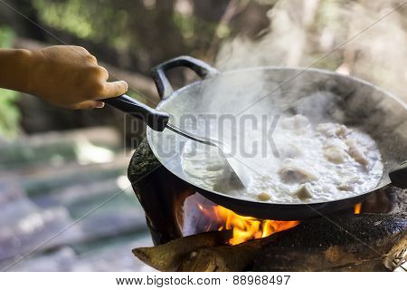 Boiling Meat , Countryside Cooking