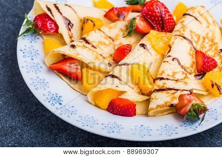 Pancakes With Fresh Fruits