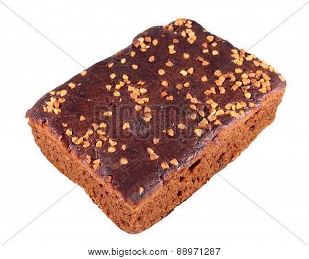 Gingerbread with nuts and raisins