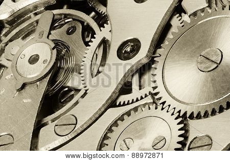 internal mechanism of mechanical watches