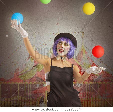 Juggler clown