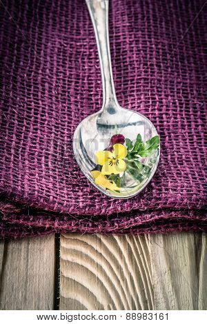 background  spoon place setting