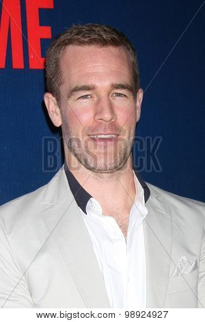 LOS ANGELES - AUG 10:  James Van Der Beek at the CBS TCA Summer 2015 Party at the Pacific Design Center on August 10, 2015 in West Hollywood, CA