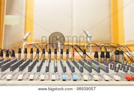 Buttons Sound Mixer