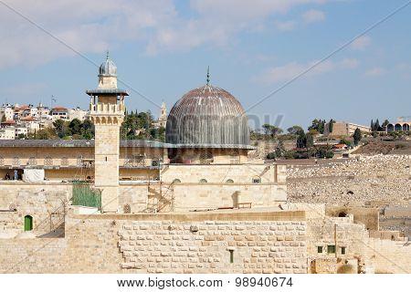 Dome Of Mousque Of Al-aqsa With Minaret