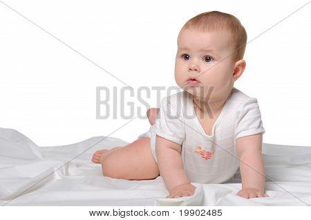 El bebé en una sábana