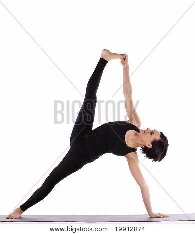 Frau in Yoga Asana - Seite-Brett-pose