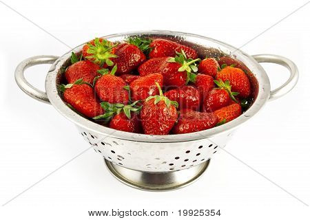 strainer with strawberries