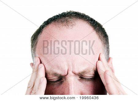 Mitte Alter Mann, die unter Kopfschmerzen leiden