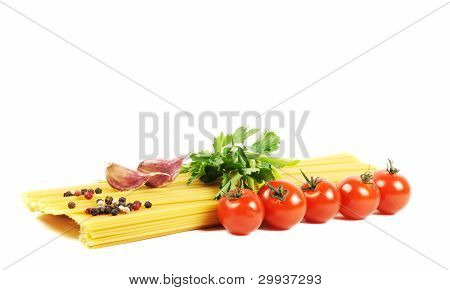 Bunch Of Raw Spaghetti With Tomato