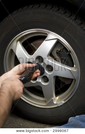 Wheel Mechanic