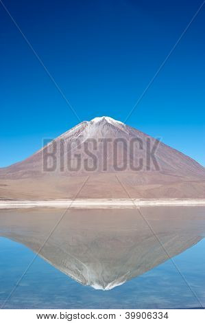 Volcano Lincancabur, Bolivia