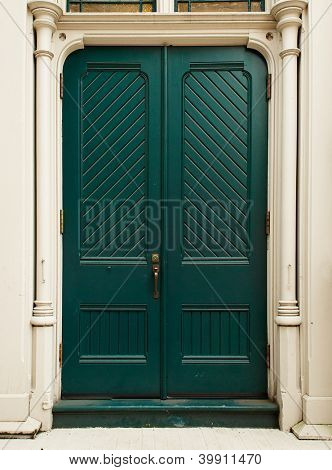 Colonial style Colonial Green Door on white house