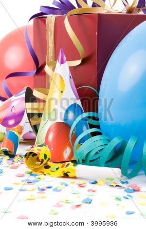 Gift Party Hats Horns Or Whistles Confetti