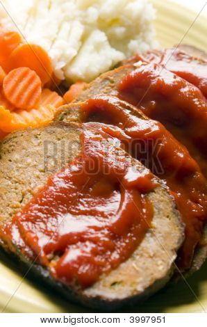 Meatloaf Carrots Mashed Potatoes