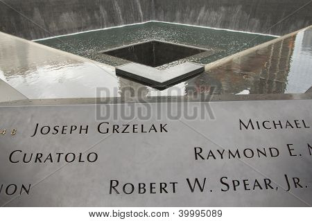 9/11 Memorial At Ground Zero (nyc, Usa)