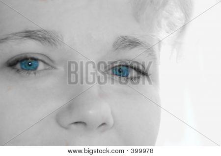 Blueeyed Girl