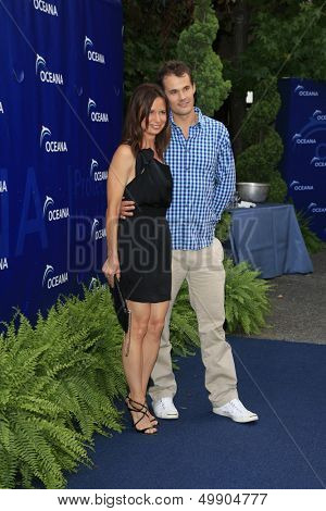 LOS ANGELES - AUG 18:  Mary Lynn Rajskub, Matthew Rolph at the Oceana's 6th Annual SeaChange Summer Party at the Beverly Hilton Hotel on August 18, 2013 in Beverly Hills, CA