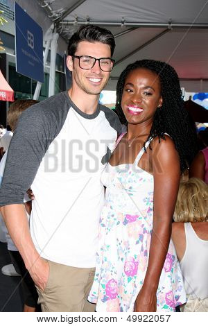LOS ANGELES - AUG 23:  Adam Gregory, Kristolyn Lloyd at the Bold and Beautiful Fan Meet and Greet at the Farmers Market on August 23, 2013 in Los Angeles, CA